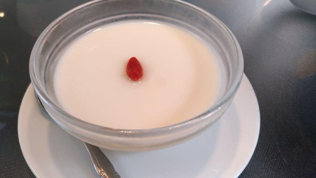 四川 杏仁豆腐