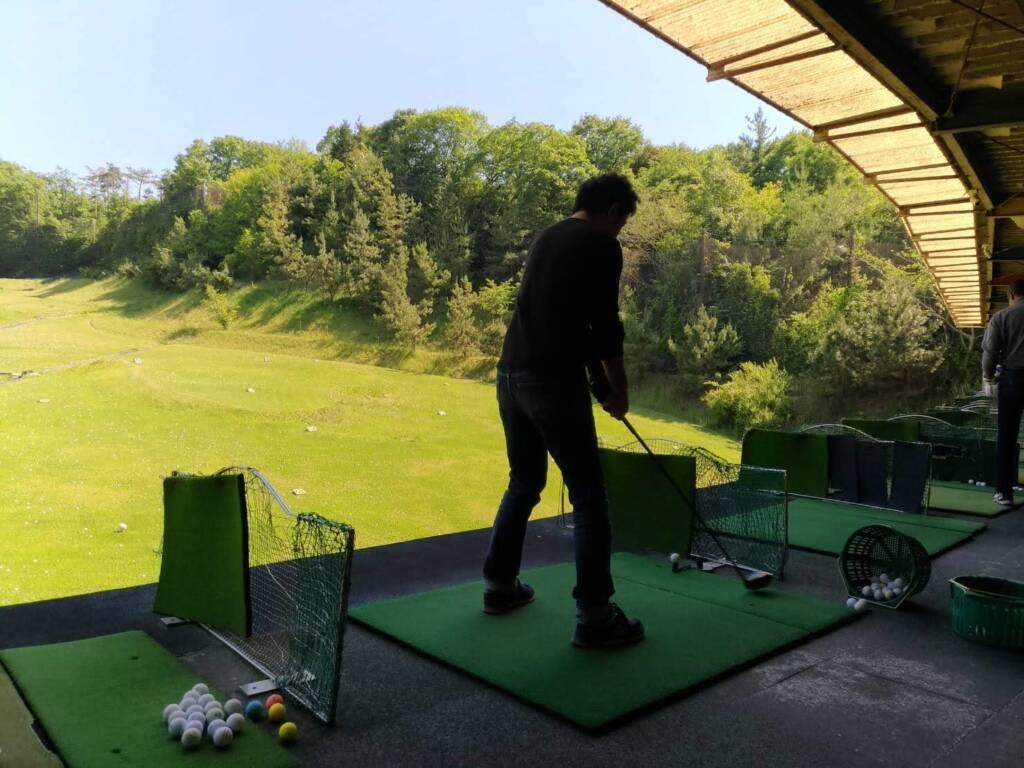 ゴルフ 練習場 打ちっ放し