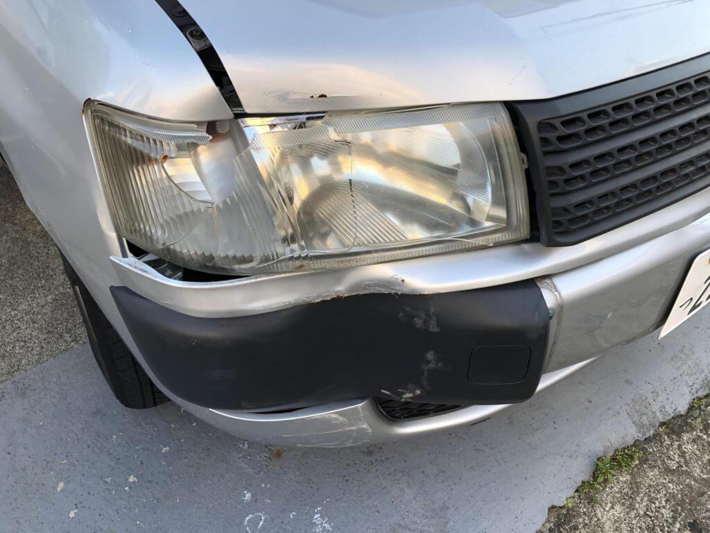 プロボックス ヘッドライト 破損
